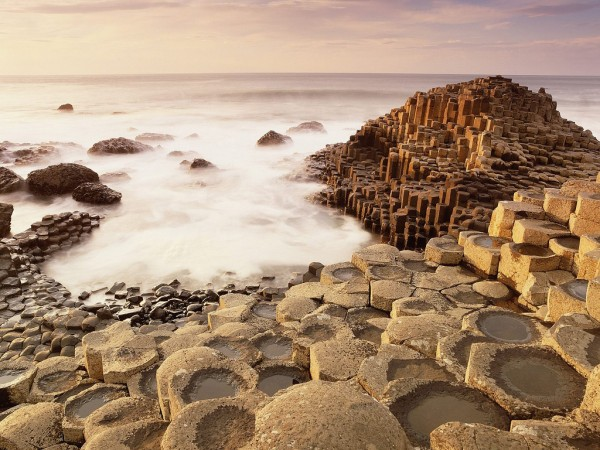 2 Day Tour - Northern Ireland - Belfast and Giants Causeway